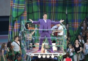 showbiz-commonwealth-games-opening-ceremony-john-barrowman